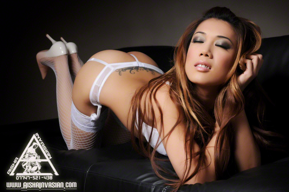 Hostess Maylo of Queensway in white lingerie photo 1
