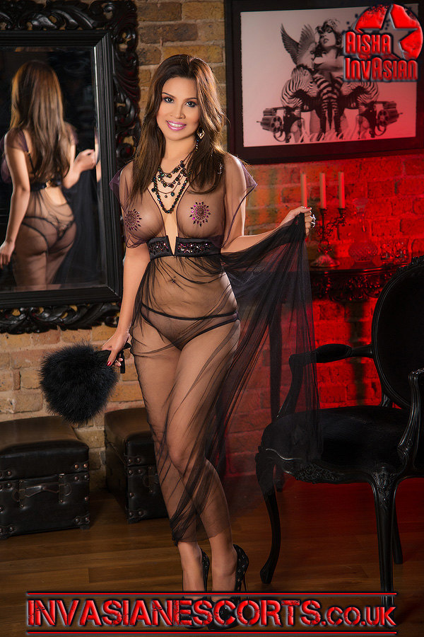 Escort Demi lace dressing robe 1